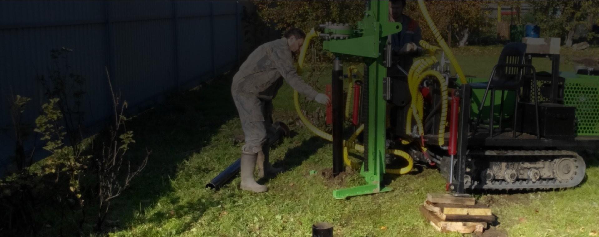 монтаж винтовой сваи гидравлическим сваекрутом