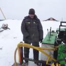 зимний монтаж винтовой сваи Д114мм